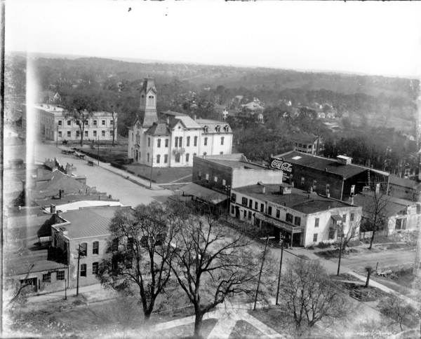 South Monroe street Tallahassee circa 1915.